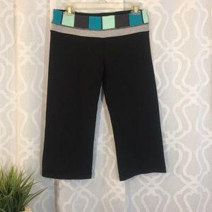 Lululemon reversible crop flare leggings